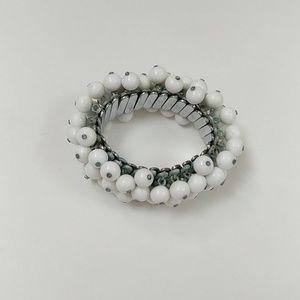 Stretchy White Ball Bracelet